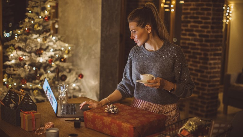 Ways to Make an Online Christmas Eve Service Feel Special